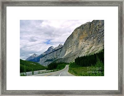 Road Trip  Framed Print by Elfriede Fulda