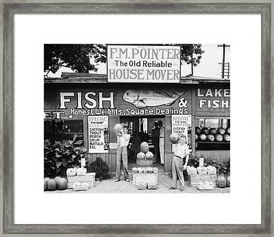 Roadside Stand Near Birmingham, Alabama Framed Print