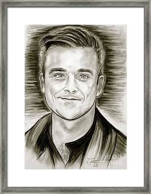Robbie Williams Framed Print by Gitta Glaeser