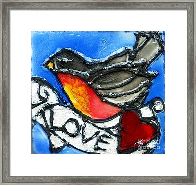 Robin With Heart Framed Print