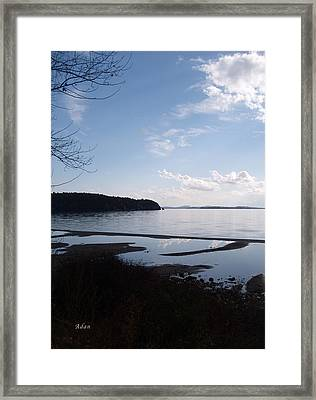 Framed Print featuring the photograph Rock Point North View Vertical by Felipe Adan Lerma