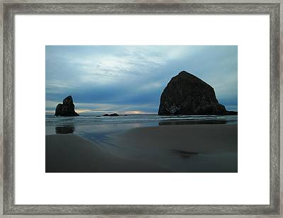 Rocks And Low Tide Framed Print by Jeff Swan