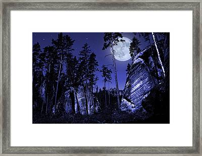 Rocks Framed Print by Jaroslaw Grudzinski