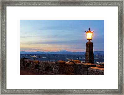 Rocky Butte Viewpoint At Sunset Framed Print by David Gn