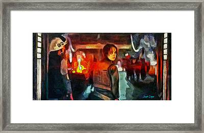 Rogue One Looking Back - Pa Framed Print