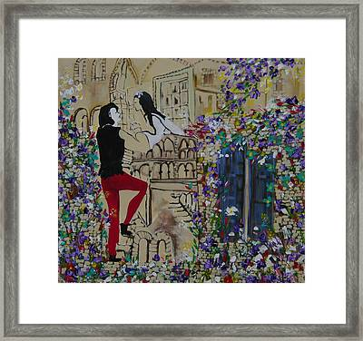 Romeo And Juliet. Framed Print by Sima Amid Wewetzer