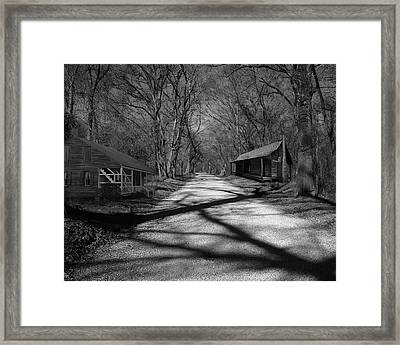 Route De La Louisiane Framed Print