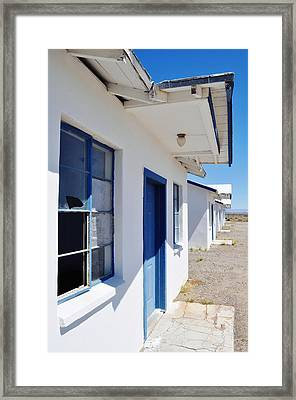 Roy's Motel And Cafe Auto Court Framed Print by Kyle Hanson