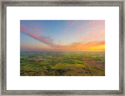 Framed Print featuring the photograph Rural Setting by Ryan Manuel