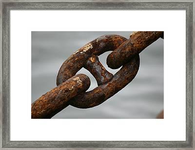 Rusty Chain Framed Print by Hans Jankowski