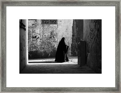 S4 E1/ 13 St. Framed Print by Zuhair Ahmad