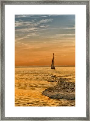 Sailing Into The Sunset Framed Print by Linda Pulvermacher