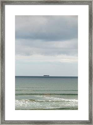 Framed Print featuring the photograph Sailing The Horizon by Linda Lees