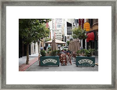 San Francisco - Maiden Lane - Outdoor Lunch At Mocca Cafe - 5d17932 Framed Print by Wingsdomain Art and Photography