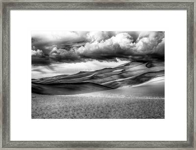 Sand Dunes In Black And White Framed Print by Paul Freidlund