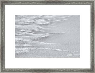 Sand Sea - High Key Framed Print by Hideaki Sakurai