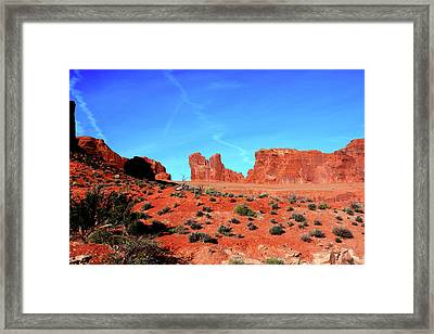Framed Print featuring the photograph Sandstone Road by Edward R Wisell