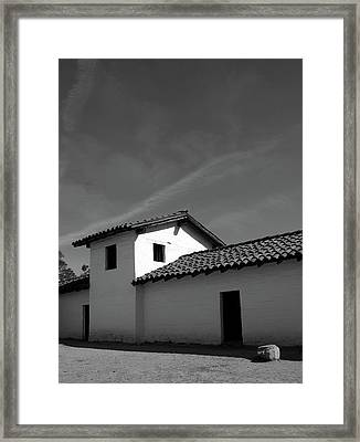Santa Barbara Presidio 2- Photograph By Linda Woods Framed Print
