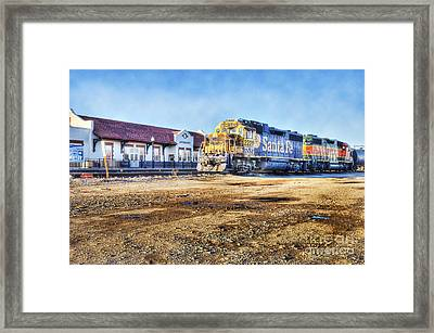 Framed Print featuring the photograph Santa Fe Train In Ardmore by Tamyra Ayles