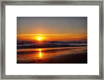 Santa Monica Sunset Framed Print by Ernie Echols