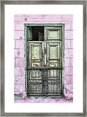 Santiago Portal Framed Print by Dawn Currie