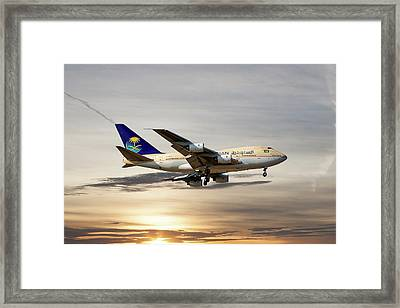 Saudi Arabian Government Boeing 747-sp Framed Print