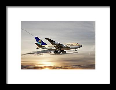 Boeing 747 Framed Prints