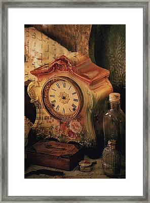 Scent Of A Woman  Framed Print by Maria Angelica Maira