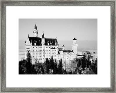 Schloss Neuschwanstein Framed Print by Juergen Weiss