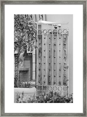 Sea Horse Gate Framed Print by Rob Hans