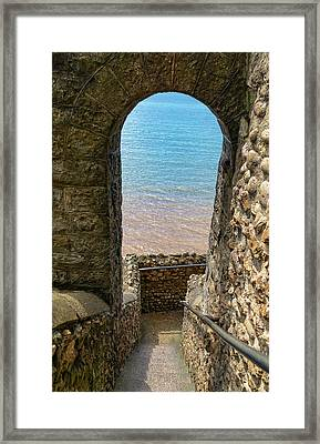 Framed Print featuring the photograph Sea View Arch by Scott Carruthers