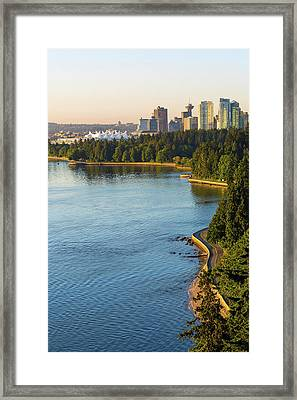 Seawall Along Stanley Park In Vancouver Bc Framed Print by David Gn