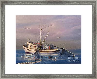 Seiner Fishing Salmon Framed Print by Wayne Enslow