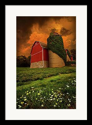 Red Barn Framed Prints