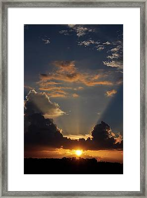 Framed Print featuring the photograph Setting Softly by Jan Amiss Photography
