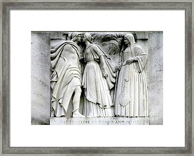 Shakespeares Romeo And Juliet Framed Print