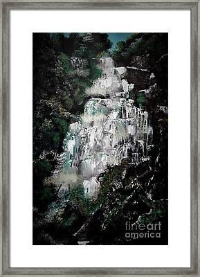 Shannon Falls Framed Print