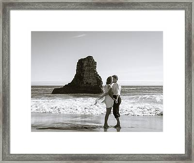 Sharing Dreams Framed Print by Alex Lapidus
