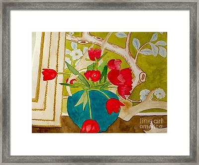 Sharing The Limelight Framed Print by Eileen Tascioglu