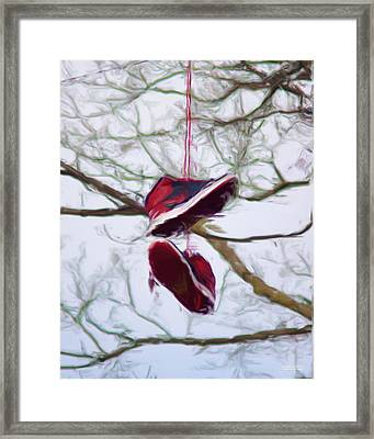 Shoefiti 2327dp Framed Print