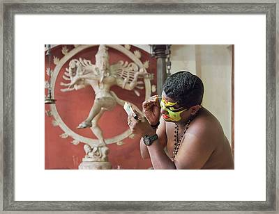 Framed Print featuring the photograph Showtime by Marion Galt