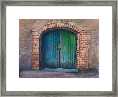 Shut The Door Framed Print by Linda Nielsen
