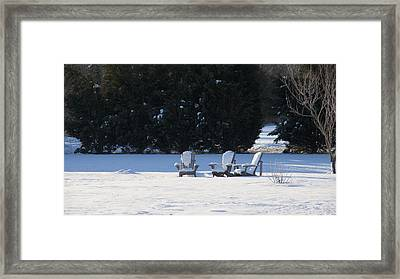 Framed Print featuring the photograph Silent Conversation by Charles Kraus
