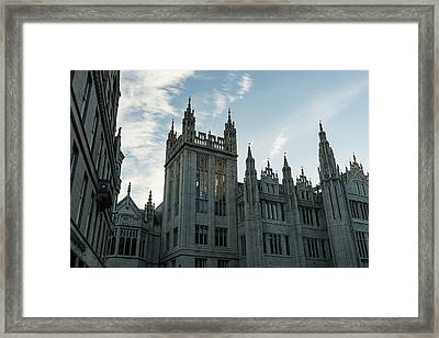 Silver City Architecture - The Magnificent Marischal College At Sunrise Framed Print by Georgia Mizuleva