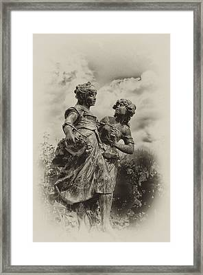 Sisters Framed Print by Bill Cannon