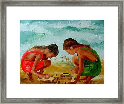Sisters On The Beach Framed Print by Inna Montano