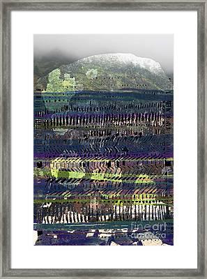 Skidda Framed Print by Andy  Mercer