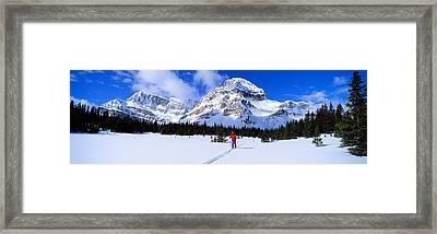 Skier Ptarmigan Peak Wall Of Jericho Framed Print