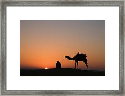 Skn 0870 Silhouette At Sunrise Framed Print