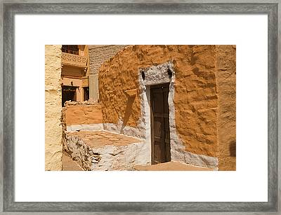 Skn 1264 Thatched House Framed Print